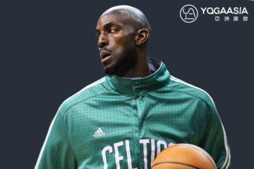 運動明星練瑜伽》NBA前鋒凱文·賈奈特